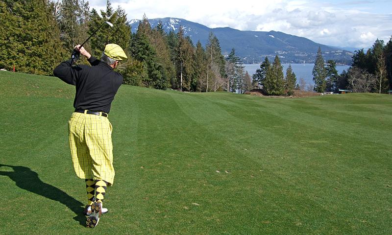Golf at Bowen's 9-hole public golf course